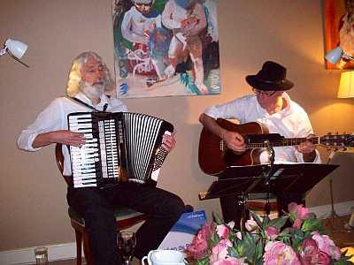 Hoed en de Rand speelt op de Muzikale Kerstwandeling in Noordwijk 2014